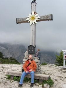 Jürgen unterm Gipfelkreuz