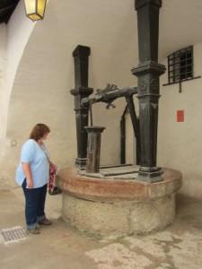 (leider) zugenagelter Brunnen auf der Festung