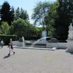 Brunnen vor dem Schloss